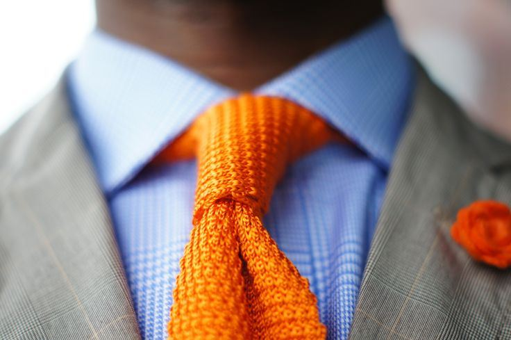 knitted tie - above the ankles