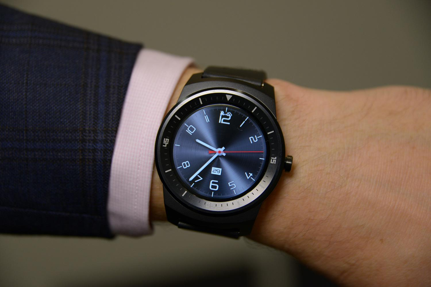 lg g watch r review above the ankles