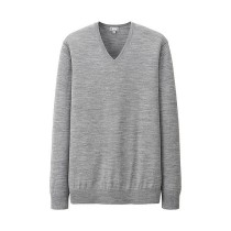 MEN Extra Fine Merino V-Neck Sweater Grey