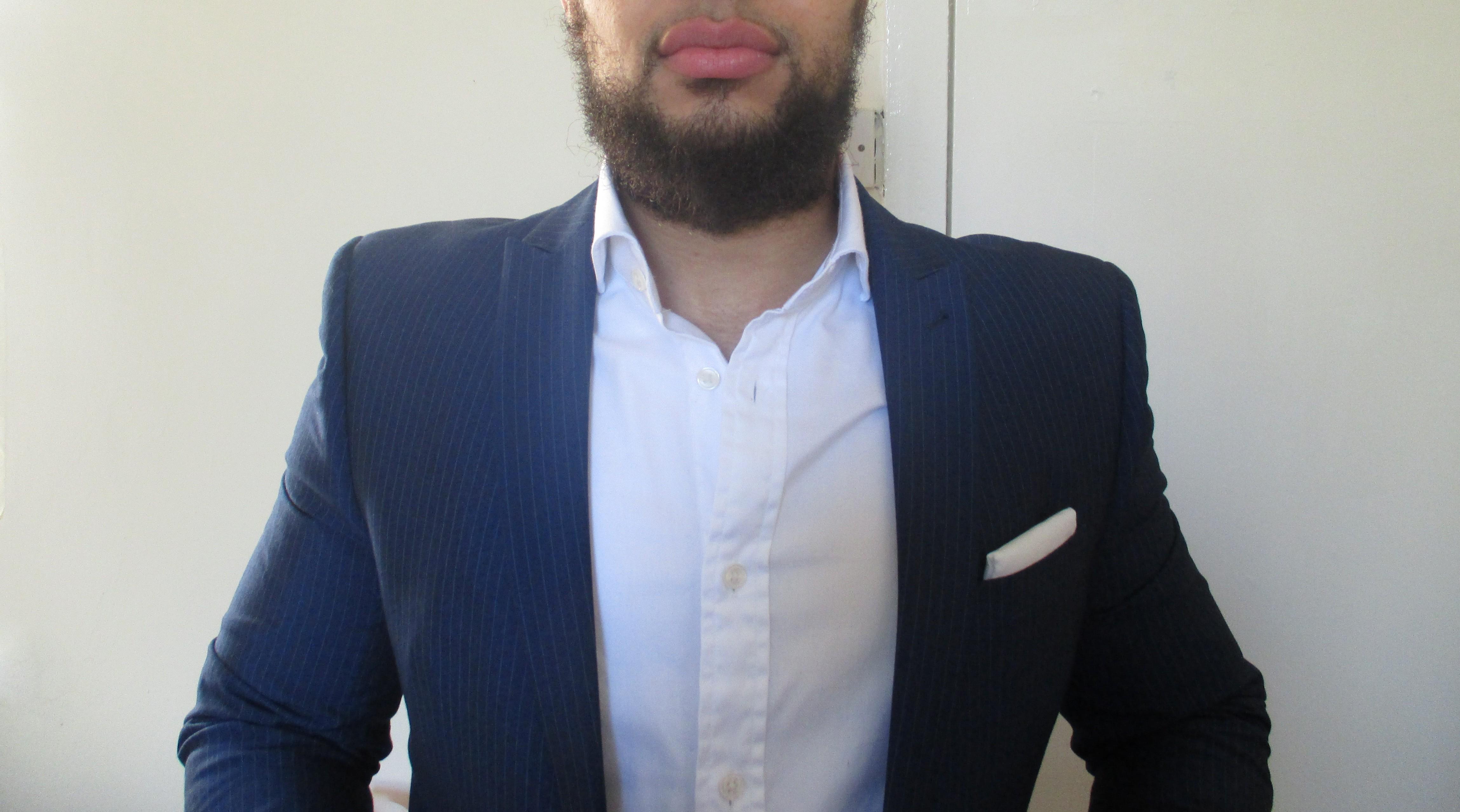 v neck & suit